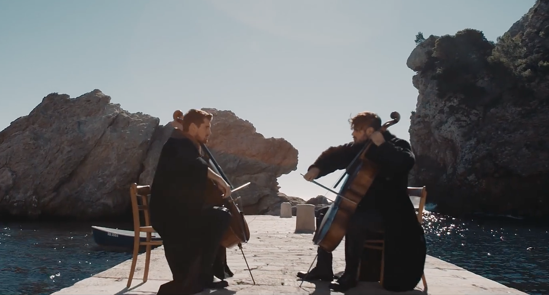 Two Cellos play Game of Thrones Medley